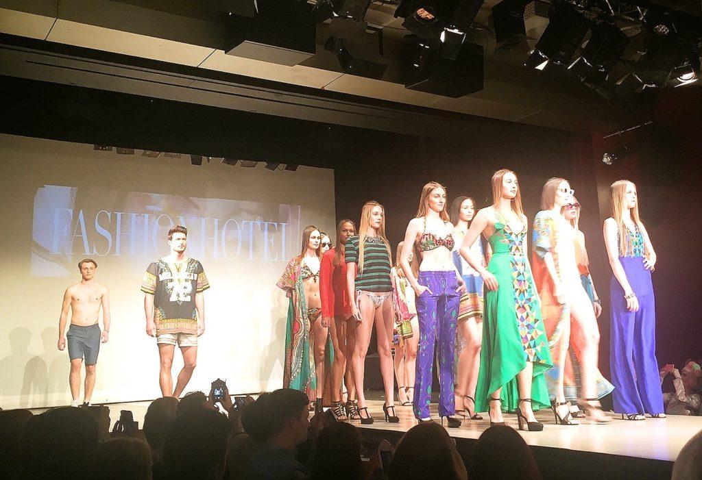 Fashionshow 1-min