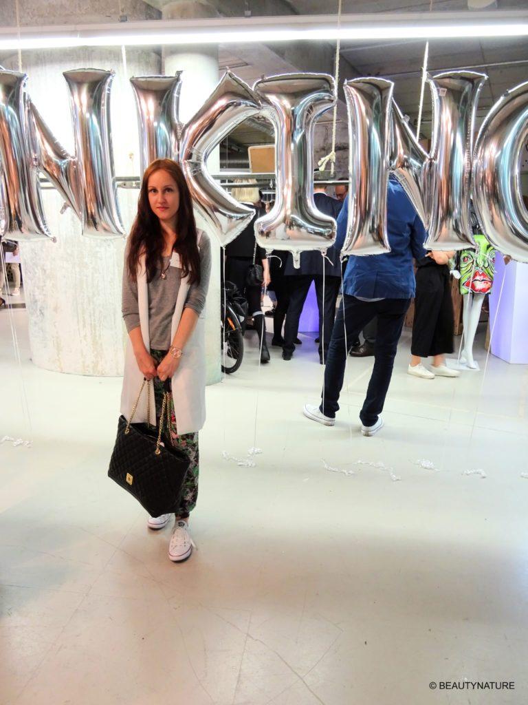 Fashion Blogger Cafe 11-min