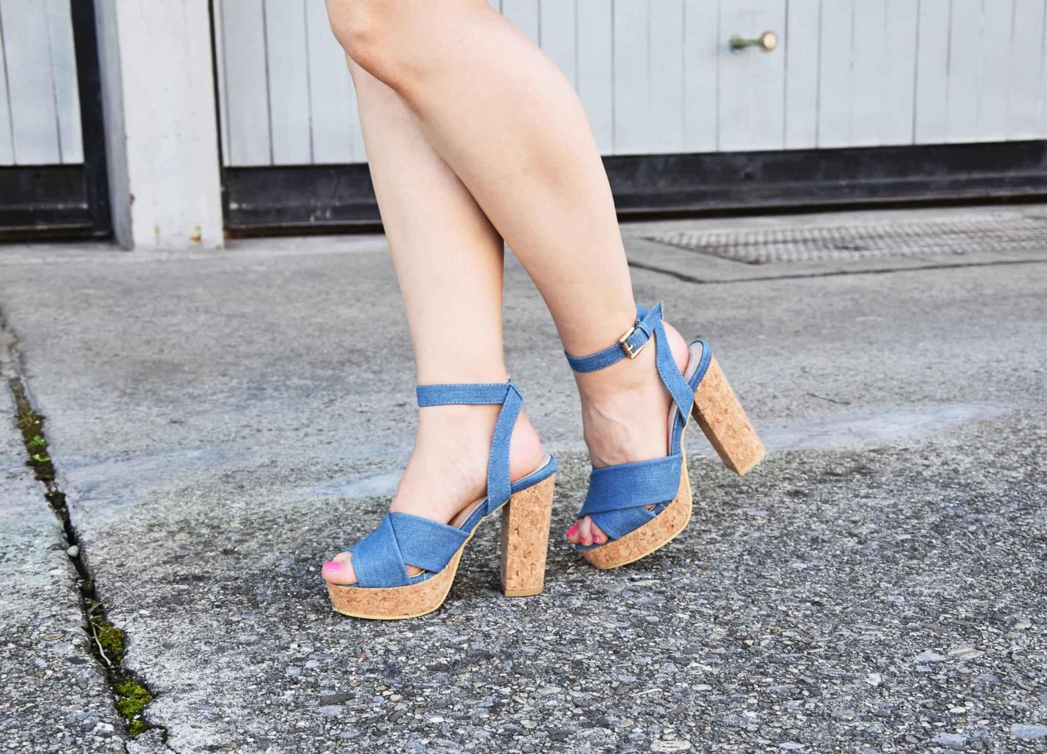 denim heels fashion blog