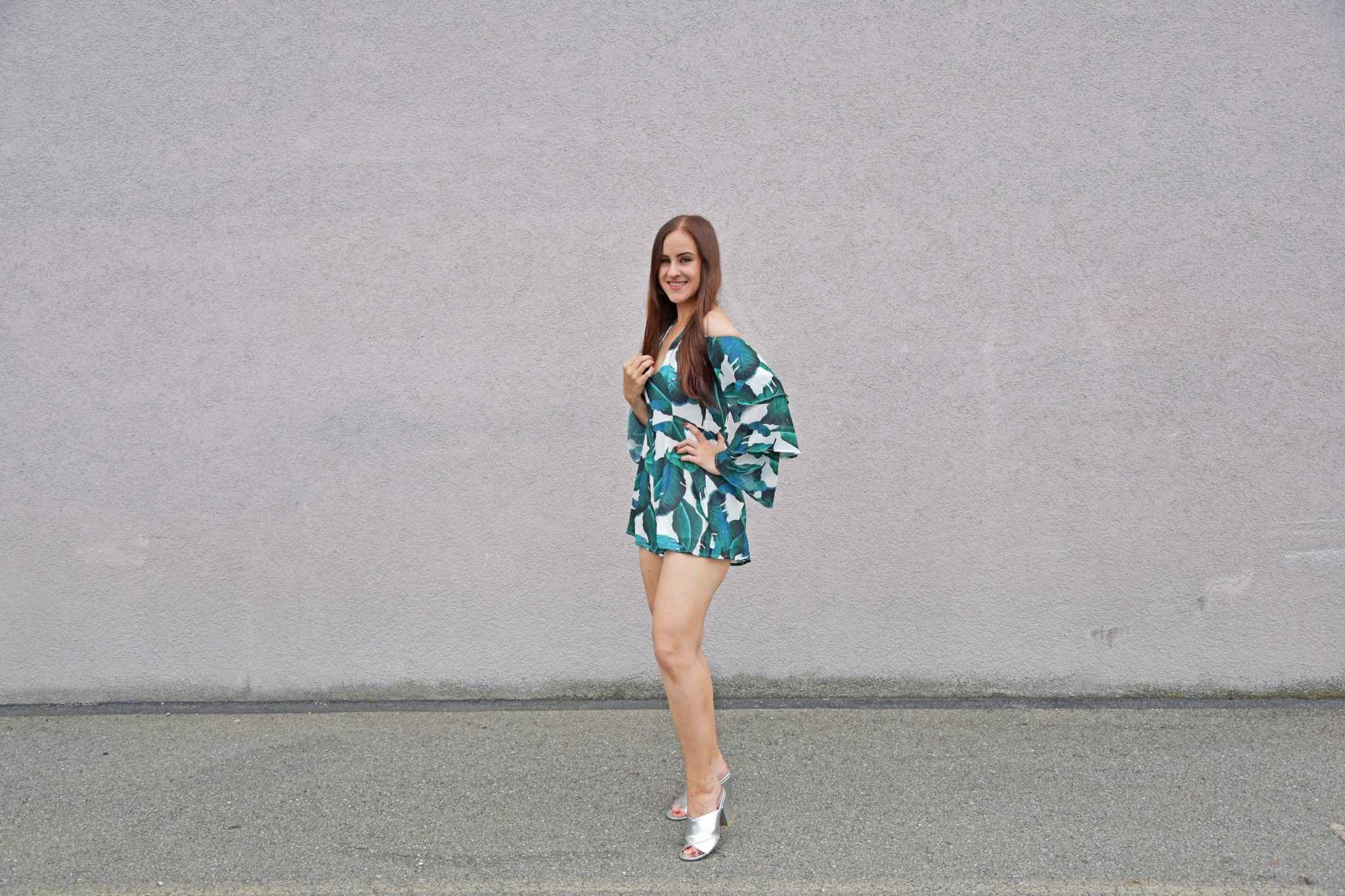 Playsuit Banana Leaf print