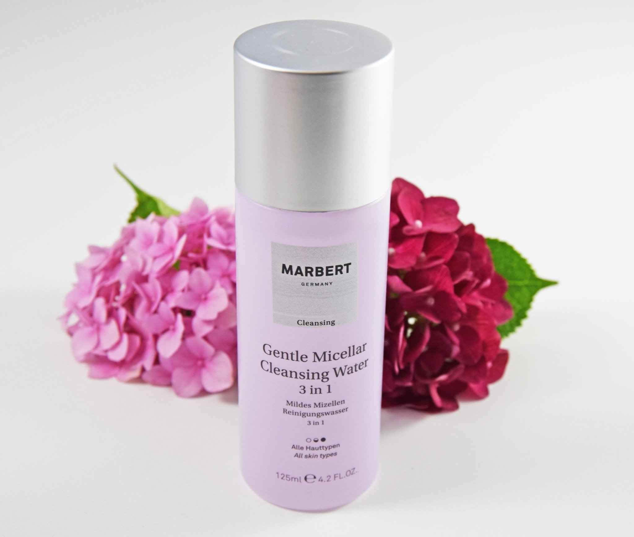 Gentle Micellar Cleansing Water 3 in 1 von Marbert