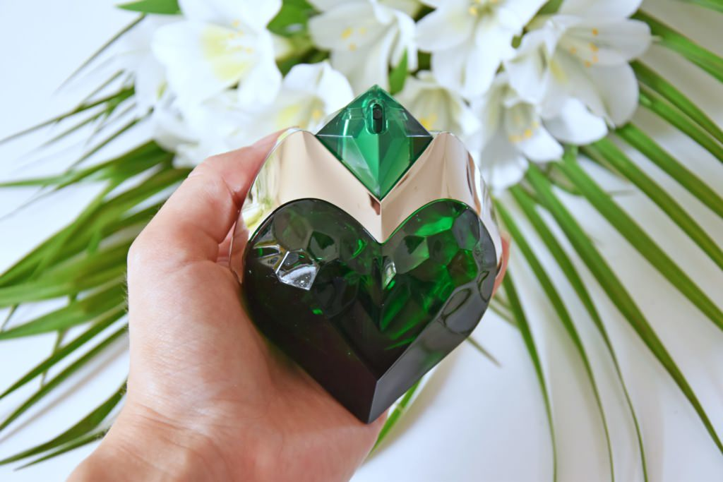 Review: Aura by Thierry Mugler