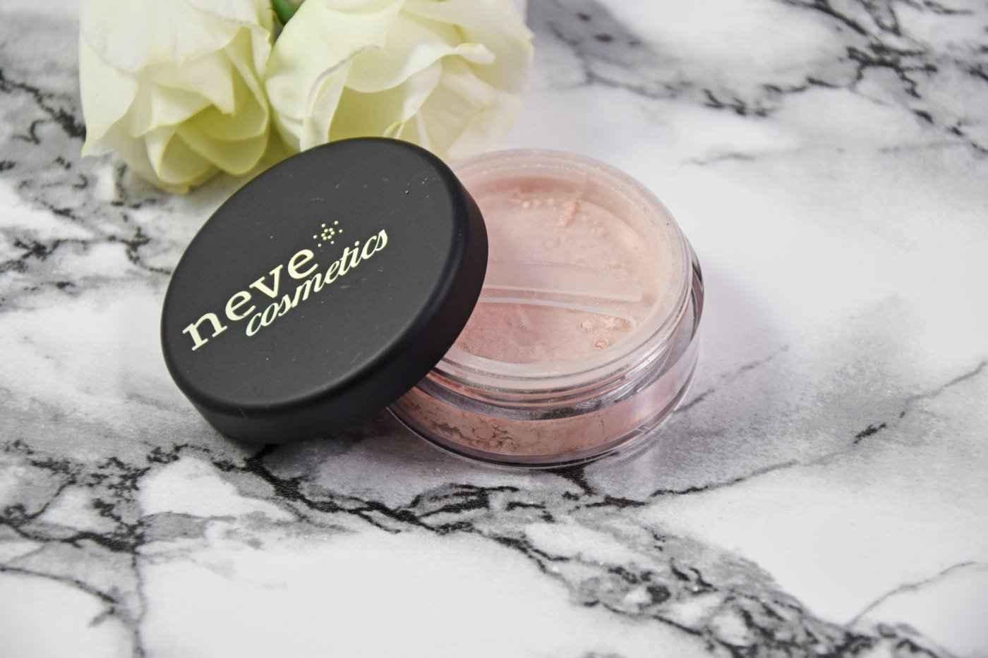 Neve Cosmetics Illuminismo Powder