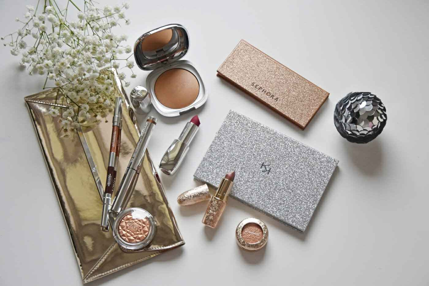 Makeup Eyeshadow Lipstick Highlighter Bronzer Clutch