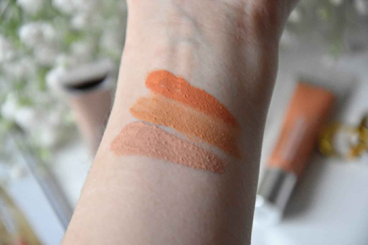 clinique beyond perfection swatch_bearbeitet-2