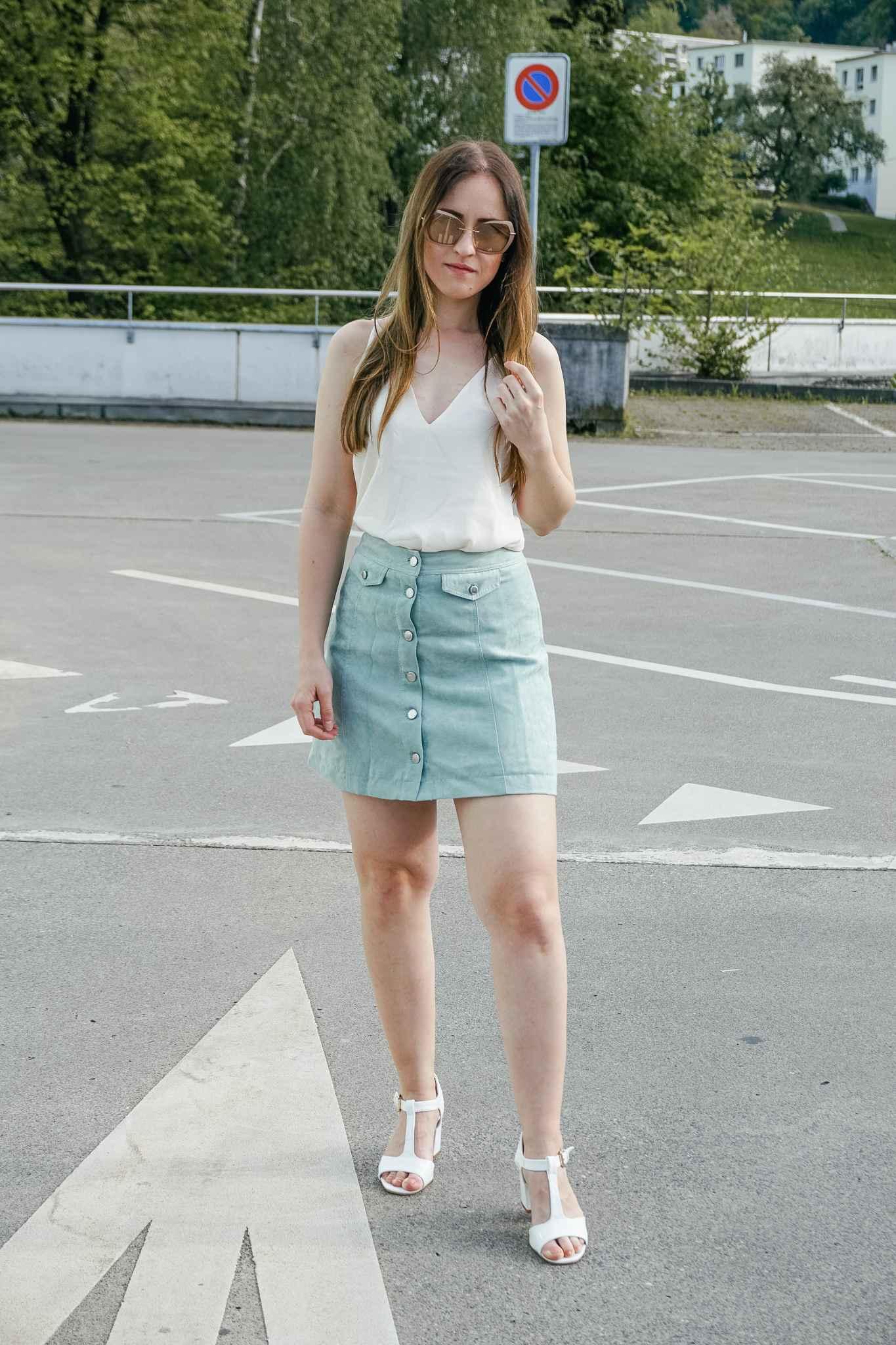 Look Fashion Blogger Sunglasses Silhouette skirt shirt H&M Shoes