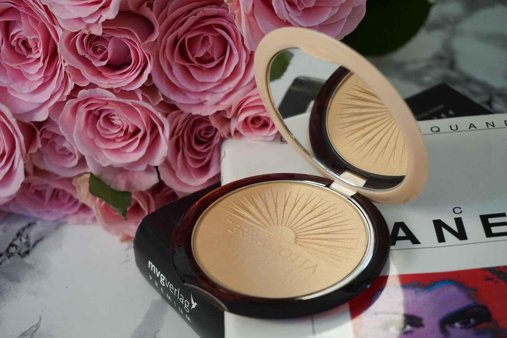 guerlain Terracotta Summer Highlight Bronzing Powder makeup review