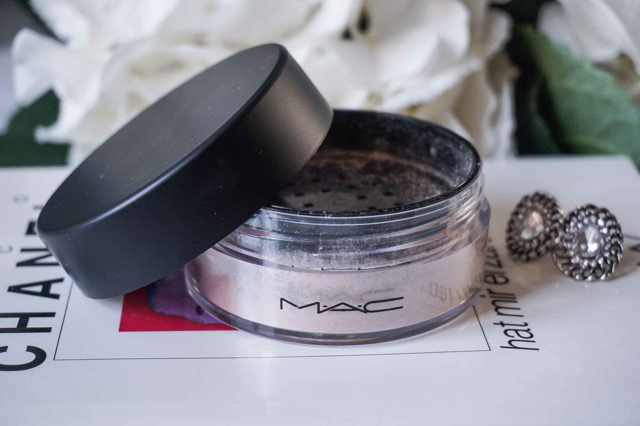 MAC Cosmetics Review iridescent powder