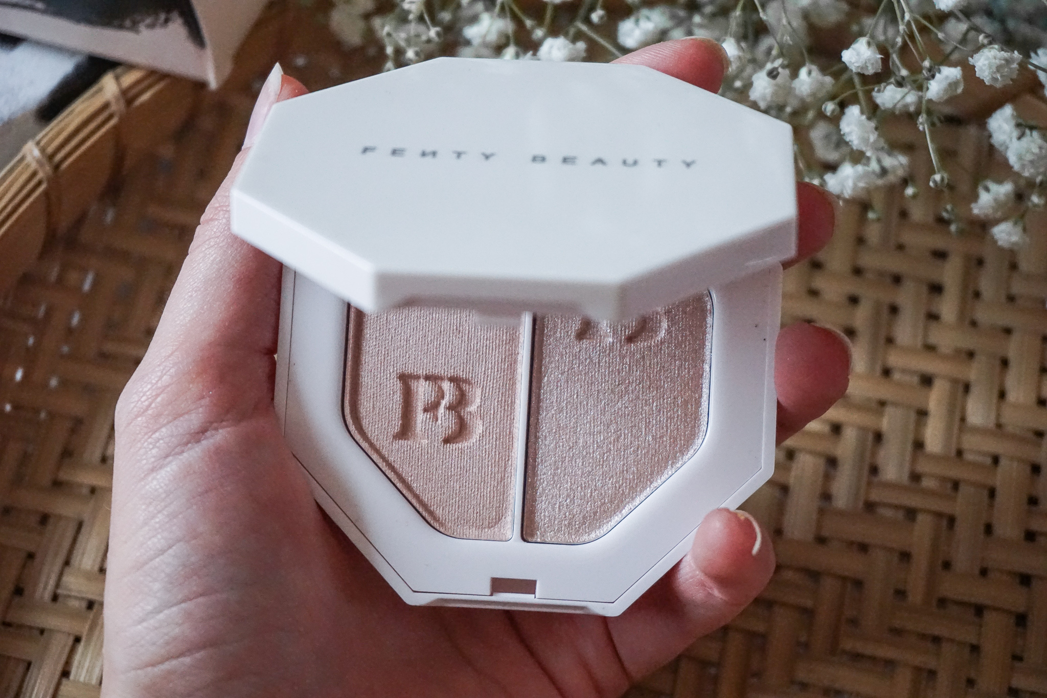 Fenty Beauty Killawatt Freestyle Highlighter Duo Review