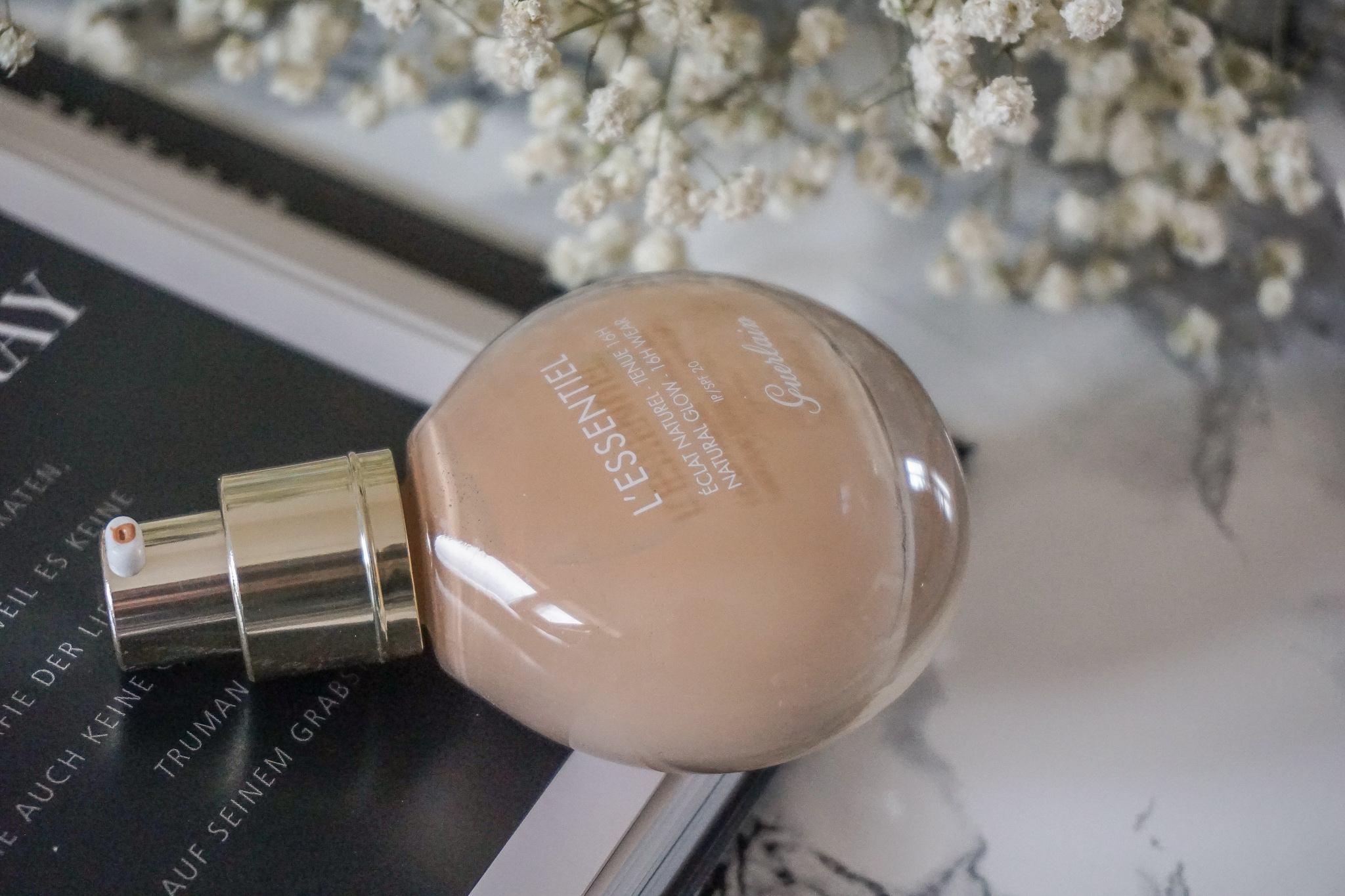 Guerlain - L'essentiel Foundation Éclat Naturel 16h Wear