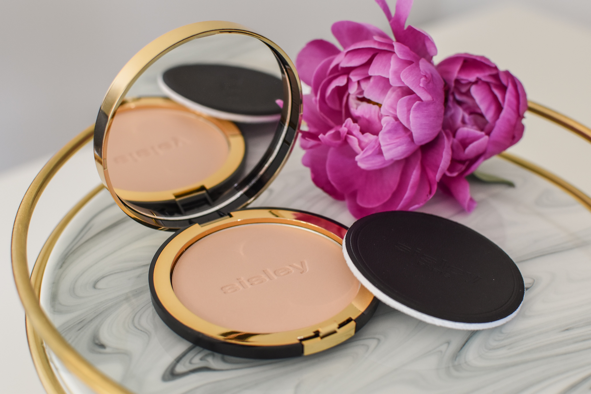 Sisley - Phyto Pressed Powder Matifying and Beautifying